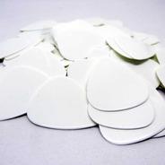 Palhetas De Guitarra Branca De Celluloid  -  Pct 100 Un