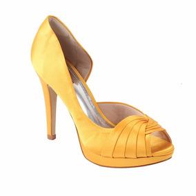 Peep Toe Colorida Na Cor Amarelo, Em Cetim Com Meia Pata