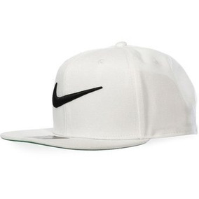Gorra negra con broche trasero FC 805470 010 de Nike Negro Hombre Sombreros  y gorros 1927b659f7f