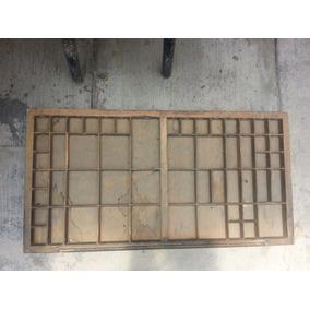 Antiguos Cajones Para Tipografía Con Divisiones