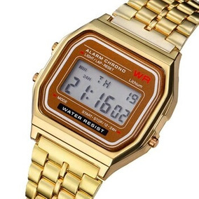 Reloj Digital Vintage Pulsera Metálica Color Dorado