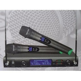 Microfone Duplo Profs/ Fio Uhf Display Lcd 2 Canas Md 2202