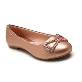 e5c8fca37 Sapato Infantil Menina - Outros Sapatos Pampili em Uberlândia no ...