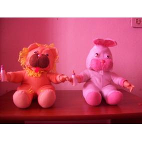 Cuchis Bebes Disfrazados De León Y Conejo