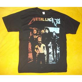 3787195c6 Camiseta Metallica 30 Anos Estilizada - Camisetas para Masculino no ...