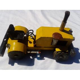 Antiguo Tractor De Juguete Metalico Bellismo Gran Tamaño!!!