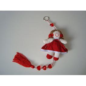 Móbile Infantil Cordão Miçangas Boneca Vermelha Tecido 12 P1