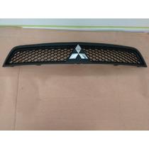Moldura Grade Parachoque Superior Mitsubishi Lancer 2014