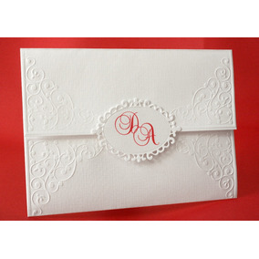 Convite Para Casamento Com Detalhes Em Relevo Seco