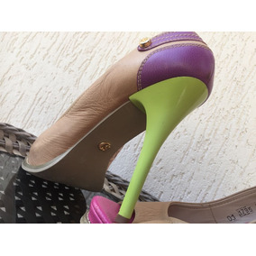 Sapato Peep Toe Carmen Steffens