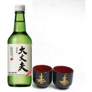 01 Bebida Coreana Soju Premium Dae Jang Bu 100% Arroz + Copo