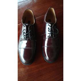 Zapatos De Charol Color Guinda