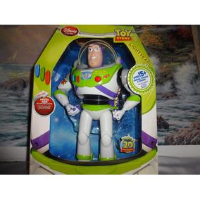 Figura De Buzz Lightyear De La Tienda De Disney