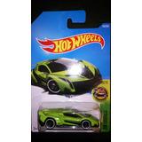 Hotwheels Lamborghini Veneno 1/64. Predator01