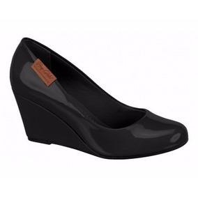 Sapato Feminino Preto Verniz Boneca Salto Medio Anabela
