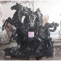 Escultura Cavalos Em Mármore Negro