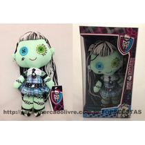 Boneca Pelúcia Frankie Stein Monster High Original Monstra