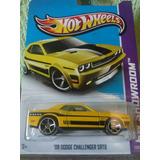 Hotwheels 08 Dodge Challenger Srt8
