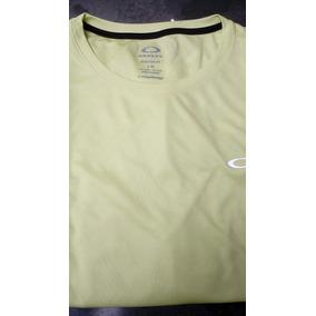 Boots Masculino Oakley - Camisetas e Blusas Manga Curta em São Paulo ... 763426c781