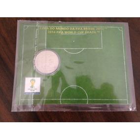 Moeda Comemorativa Fifa Copa Do Mundo 2014 A Matada No Peito