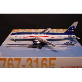 Maquete | Miniatura Avião Boeing 767 Lan 1/400