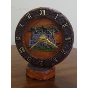 Relógio Antigo De Mesa Lembrança De Curitiba Madeira Usado