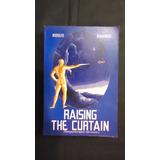 Raising The Curtain, Rodolfo Benavides, Idioma Ingles
