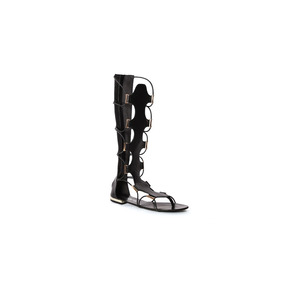 Capa De Ozono Sandalia Estilo Gladiador En Color Negro
