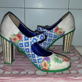 Tacones Doble Topping Hot Chocolate Design