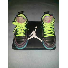 5244aa4bd3ae7 Vendo Zapato Nike Jordan Negros - Zapatos Deportivos en Mercado ...
