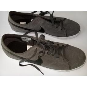 Tenis Nike Color Gris-negro Y Blanco Estilo Casual Talla 30