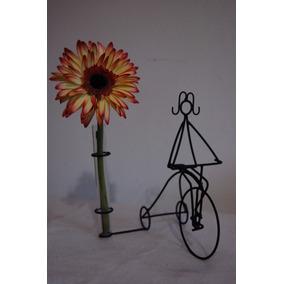 Centro De Mesa Nena 15 Años En Triciclo Con Florero