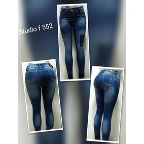Vendo Blue Jeans Al Por Mayor Para Dama Y Caballero