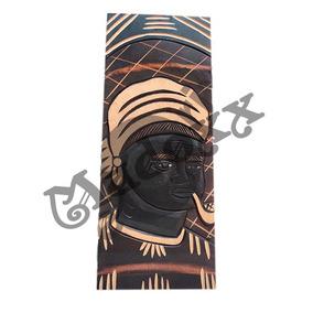 Quadro Decorativo Preta Velha 50cm Tralhado Em Madeira