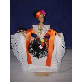Muñeca Con Traje Vestido Tipico Veracruzano Limpia