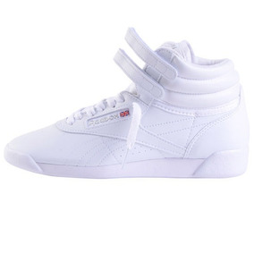 Zapatillas Reebok Botitas Freestyle / On Sports //