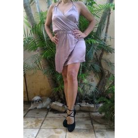 Lindo Vestido Assimétrico, Decote Em V E Correntes