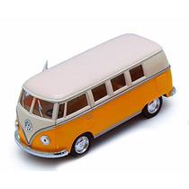 1962 Volkswagen Autobús Clásico, Amarillo - Kinsmart 5377d