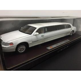 Miniatura Limousine Lincoln 2003 Branca 1/24