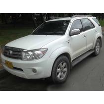 Toyota Fortuner 4000 Gasolina 2011 Blindada