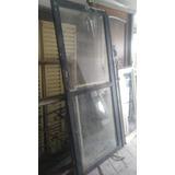 Puerta Vidriera En Chapa Y Vidrio 86x2.10m Tiene 1 Sola Pata