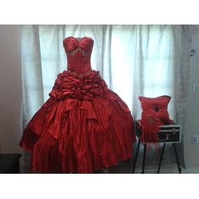 Vestido De Xv Años Importado. Talla Mediana Color Rojo.