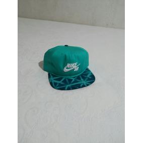 Boné Nike Sb Sazonal Snapbac Novo 7c3b223c799