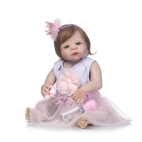Bebê Reborn Molde Victoria Inteira De Silicone Cabelo Implan