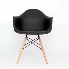 Silla Réplica Eames Con Descansabrazos Negra