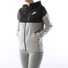 Chamarra Deportiva Para Dama Marca Nike Talla Mediana 1,199$