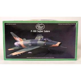 Avion Lindberg Super F100 Sabre De 29 Cm De Largo