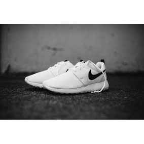 Tenis Nike Roshe One Blancos/negros