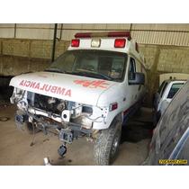 Chocados Ford Ambulancia