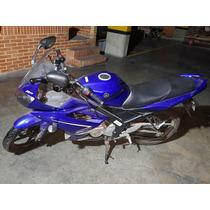 Yamaha R15 Azul